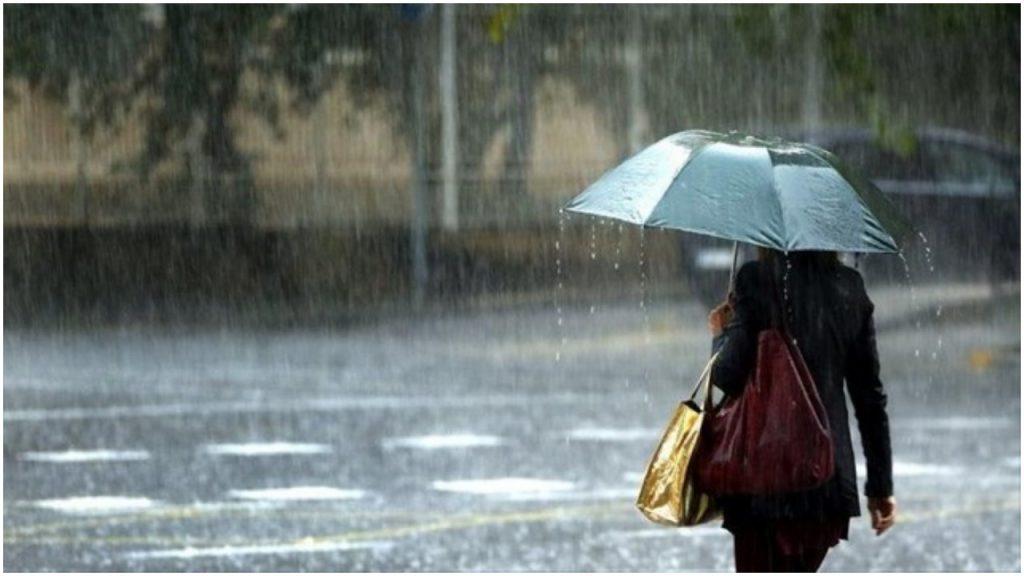 Χειμωνιάτικο σκηνικό σήμερα - Βροχές, καταιγίδες και χαμηλές θερμοκρασίες