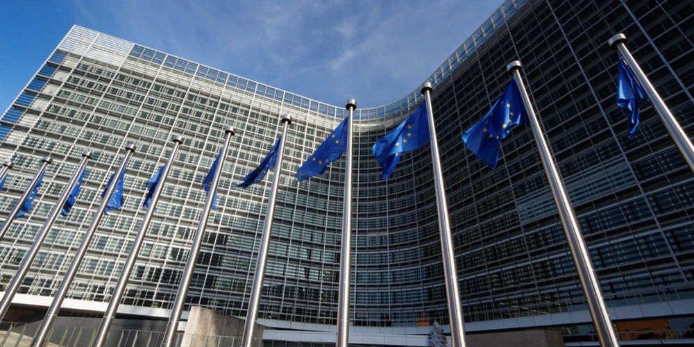 Ευρωπαϊκή Επιτροπή   Έγκριση ελληνικού προγράμματος 130 εκ. ευρώ για τη στήριξη πληττόμενων ΜμΕ