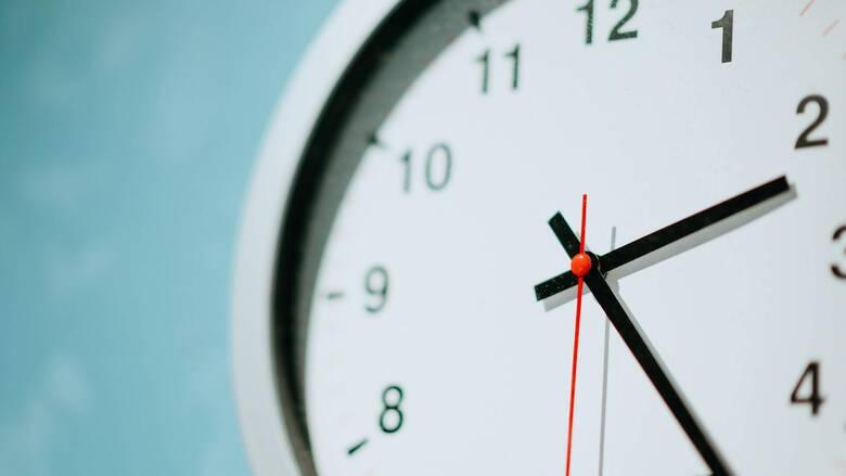 Την Κυριακή 31 Οκτωβρίου αλλάζει η ώρα - Μία ώρα πίσω οι δείκτες
