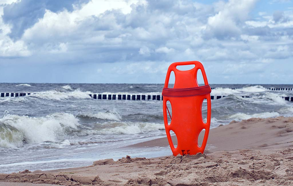 Χωρίς ναυαγοσώστες οι ακτές της Κατερίνης | Δέσμιος του Προεδρικού Διατάγματος δηλώνει ο Δήμος Κατερίνης