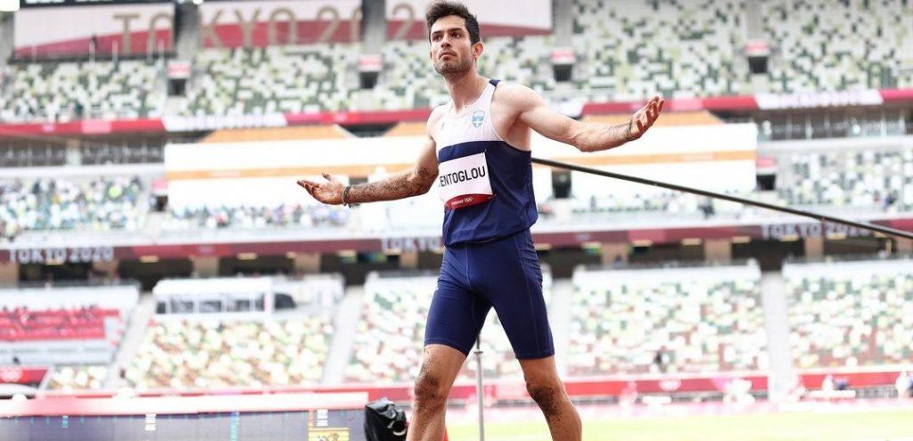 Ολύμπιος Θεός ο Μίλτος Τεντόγλου - Χρυσό Ολυμπιακό μετάλλιο στο άλμα εις μήκος (βίντεο)