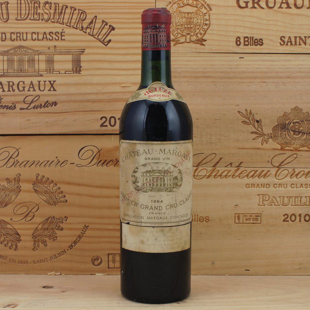 Η πανδημία εκτίναξε τις επενδύσεις των «εχόντων και επαϊόντων» σε συλλεκτικά κρασιά και είδη πολυτελείας