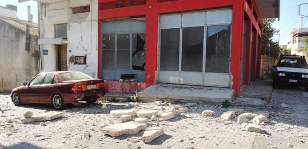 """Ένας νεκρός και εννιά τραυματίες από τον σεισμό στο Ηράκλειο - Λέκκας: """"Κεραυνός εν αιθρία"""" ο σεισμός (Φωτ.)"""