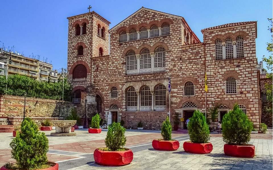 Θεσσαλονίκη | Χωρίς πιστούς η λιτάνευση της εικόνας παραμονή του Αγίου Δημητρίου